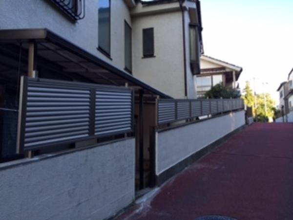 千葉県柏市 Y様邸 傾斜地対応目隠しフェンス施工のサムネイル