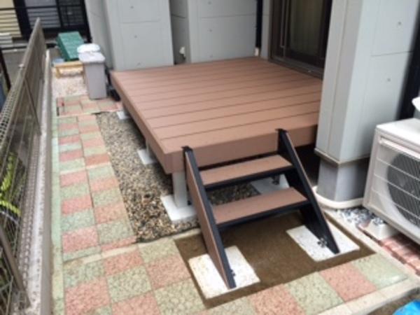 千葉県船橋市 M様邸 樹脂ウッドデッキひとと木2施工のサムネイル
