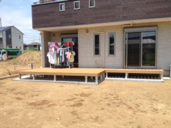 茨城県つくば市 S様邸 樹脂デッキひとと木施工のサムネイル