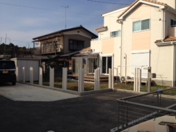 茨城県土浦市 テラス・樹脂ウッドデッキ・スレンダーポールのサムネイル